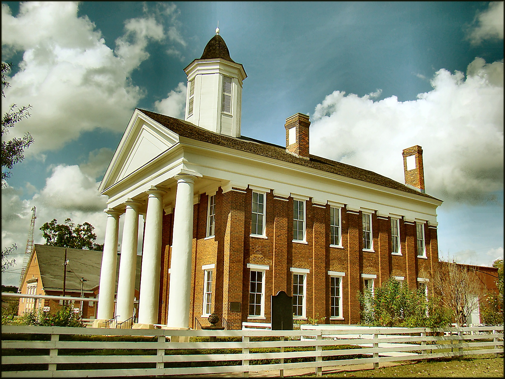 Picture of the Old University Building in Nacogdoches, Texas