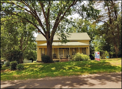 A Quaint, Old Victorian Home on Texas Farm Road 95 at Chireno, Texas in Historic Nacogdoches County